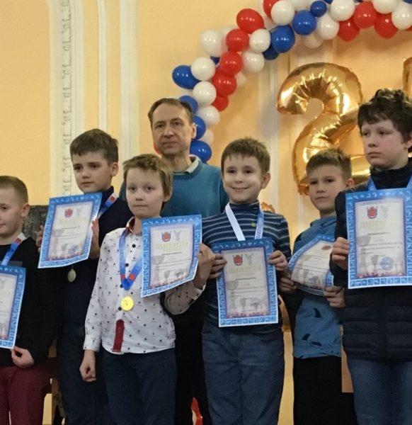 1 место в командном первенстве СПб по шахматам до 11 лет